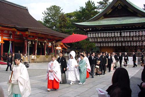 八坂神社、圓山公園、知恩院へ