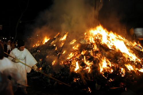 どんと祭・大崎八幡宮 / 美しい日本の火祭り