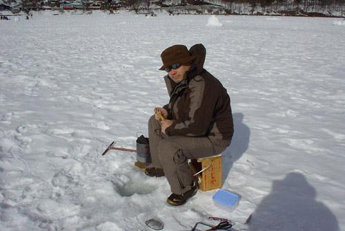 榛名湖 / 氷上のわかさぎ釣り