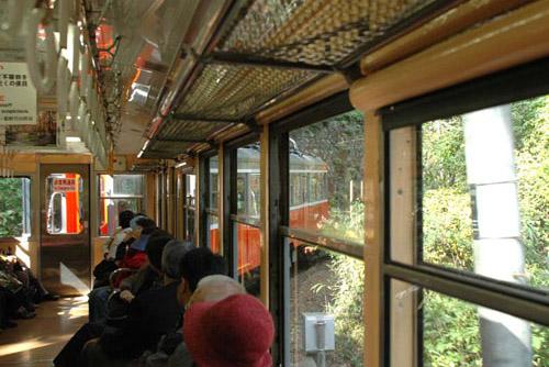 箱根登山鉄道 / 力強く登っていくぞ