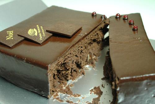 ノエル・ドゥ・ピエール / 脳がとろけるチョコケーキ