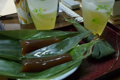 新宿タカシマヤ 京の銘菓と美食展 / 名代豆餅, きなこソフト, 炙り棒ずし, 天ぷら, 笹巻麩まんじゅう, れんこん菓子