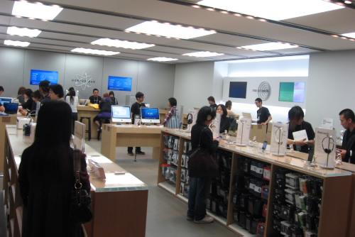 アップルストア渋谷 / Macの誘惑