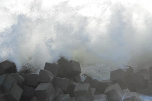 太平洋の荒波 - 新舞子あたりの海岸線