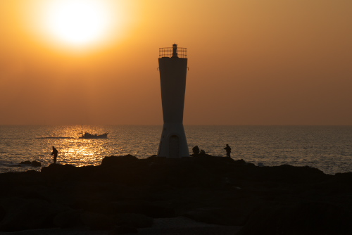 城ヶ島(1) 夜明けの安房埼灯台