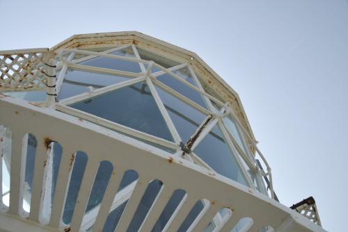 御前埼灯台 / 太平洋を見渡す崖上の灯台