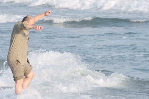 浜岡大砂丘 / 裸足で走り回って遊ぶこと