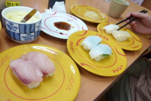 効率化された庶民の寿司 / スシロー幕張店